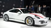 Porsche 911 R front three quarter at the 2016 Geneva Motor Show