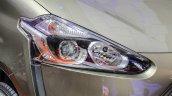 ASEAN-spec 2016 Toyota Sienta headlamp