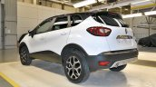 Renault Kaptur rear three quarters left side