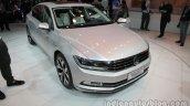 2016 VW Magotan front three quarters at Auto China
