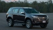 2017 Chevrolet Trailblazer (facelift) front three quarter unveiled