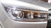 Toyota Innova Crysta 2.4 Z headlamp images