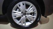 Toyota Innova Crysta 2.4 Z wheel images