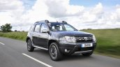 2017 Dacia Duster front three quarters right side in motion