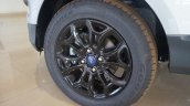 India-spec Ford EcoSport Black Edition wheel images