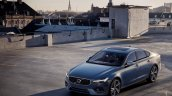 Volvo S90 R-Design front three quarters