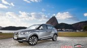 Nissan Kicks official image front three quarters left side
