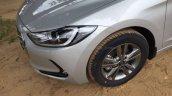 2016 Hyundai Elantra headlamp fully revealed in India, arrives at dealer yard