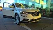 2016 Renault Koleos front three quarters Australia