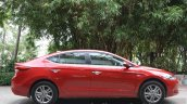 2016-hyundai-elantra-side-review