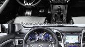 2017 Hyundai i30 vs. 2015 Hyundai i30 dashbord driver side