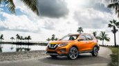 2017 Nissan Rogue (facelift) front three quarters