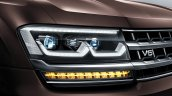 VW Teramont headlight press shot