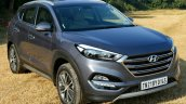 2016 Hyundai Tucson front quarter diesel Review