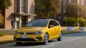 2017 VW Golf (facelift) front three quarters leaked image
