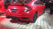 Honda Civic Si Prototype rear three quarters at 2016 LA Auto Show