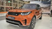2017 Land Rover Discovery front three quarters at 2016 Bologna Motor Show