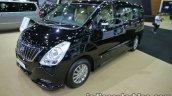 Hyundai H-1 Elite+ front three quarters at 2016 Thai Motor Expo
