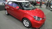 MG 3 two-tone front three quarters at 2016 Thai Motor Expo