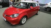 MG 3 two-tone front three quarters left side at 2016 Thai Motor Expo