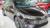 New Toyota Corolla Altis 1.8G (facelift) front three quarters