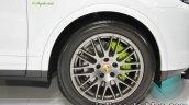 Porsche Cayenne S E-Hybrid Platinum Edition wheel at 2016 Thai Motor Expo