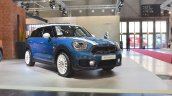 2017 MINI Countryman front three quarters at 2017 Vienna Auto Show