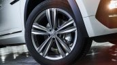 2018 VW Atlas R-Line wheel