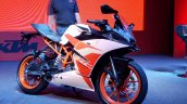 KTM RC200 front three quarter at launch