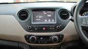 2017 Hyundai Grand i10 1.2 Diesel (facelift) center console Review
