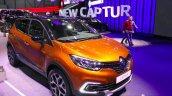 2017 Renault Captur (Facelift) front quarter Geneva Motor Show Live