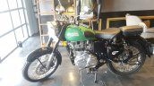 2017 Royal Enfield Classic 350 BSIV reaches dealership side