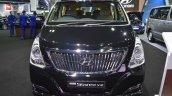 Hyundai Grand Starex front at 2017 Bangkok International Motor Show