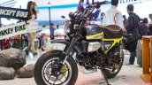 Honda Monkey 125 concept at 2017Vietnam Motorcycle Show front three quarter