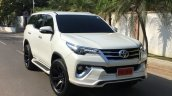 Toyota Fortuner with a 'Fiar Design' Body Kit front