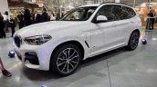 2017 BMW X3 xDrive30d front three quarters left side