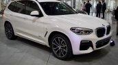 2017 BMW X3 xDrive30d front three quarters