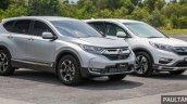 2017 Honda CR-V vs. 2015 Honda CR-V front three quarters right side