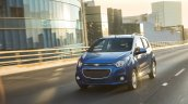 2018 Chevrolet Beat front three quarters in motion
