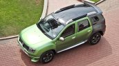 Custom Renault Duster by KitUp Automotive roof