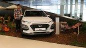 Hyundai Kona white front
