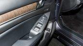 2018 Honda Accord 2.0T Touring door panel