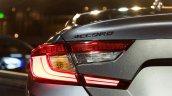 2018 Honda Accord 2.0T Touring tail lamp