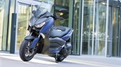 2018 Yamaha XMax 400 front three quarter left