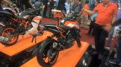 2017 KTM 250 Duke rear right quarter at GIIAS 2017