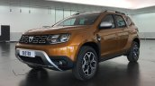 2018 Dacia Duster (2018 Renault Duster) front three quarters left side