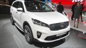 2018 Kia Sorento front three quarters at IAA 2017