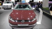 2018 VW Golf Alltrack front at the IAA 2017