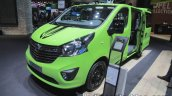 Opel Vivaro Life front three quarters right at IAA 2017