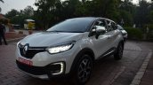 Renault Captur front three quarters white